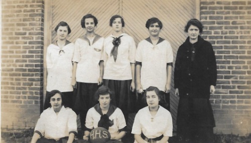 Homer H.S. Girls Basketball Team 1915